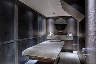 ALL ABOUT U2 23 Massage Room