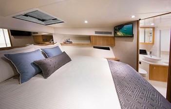 Riviera 395 SUV 4 Riviera 395 SUV 2021 RIVIERA 395 SUV Cruising Yacht Yacht MLS #252618 4
