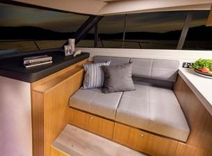 Riviera 395 SUV 7 Riviera 395 SUV 2021 RIVIERA 395 SUV Cruising Yacht Yacht MLS #252618 7