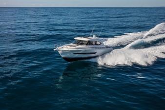 Riviera 395 SUV 21