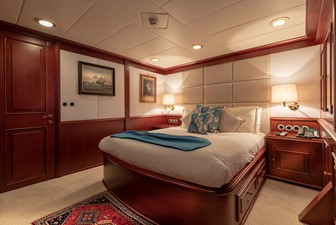 Port Queen Guest Stateroom