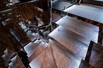 MIZU 52 Stairs