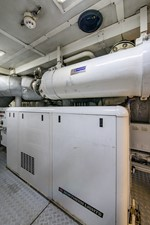 MIZU 85 Engine Room