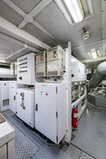 MIZU 80 Engine Room