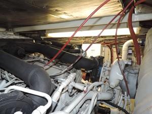 Smoken Joe 29 Engine Room