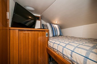 CRAZY K 17 2016 Viking 52 Convertible Bunk Room