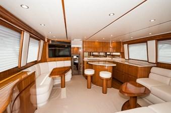 CRAZY K 1 2016 Viking 52 Convertible Salon
