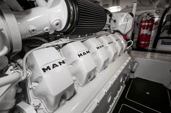 CRAZY K 37 2016 Viking 52 Convertible Engine Room