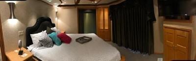 Fantasy Houseboat 16