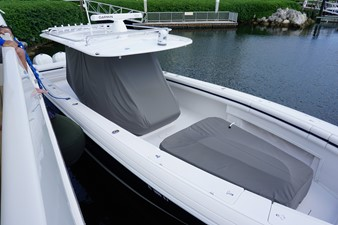 LIBERTY 4 LIBERTY 2011 INTREPID POWERBOATS INC. 400 Center Console Boats Yacht MLS #253703 4