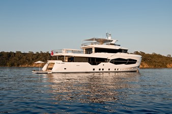 Sister Ship Profile with Beach Club Open