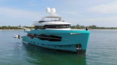 Numarine 32XP Hull #5 5