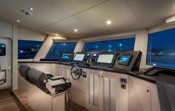 Numarine 32XP Hull #5 8