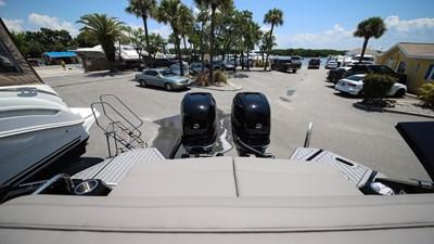 NEW 2019 Cruisers 338 South Beach Bowrider  21 2019 Cruisers 338
