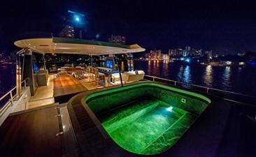 ANDREIKA  2017 ALPHA 106 AL FRESCO @ FLORIDA 37 Sundeck at Night Engine