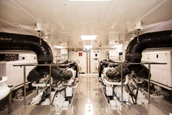 PLAYPEN 58 Engine Room