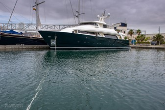 GIHRAMAR 1 GIHRAMAR 2001 CUSTOM LINE Navetta 30 Motor Yacht Yacht MLS #254423 1