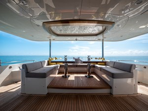 2016 Ocean Alexander 100 Skylounge Sea N Sea 10