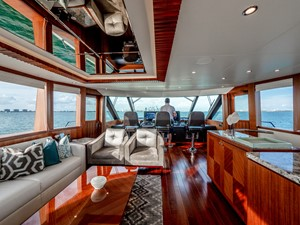 2016 Ocean Alexander 100 Skylounge Sea N Sea 33