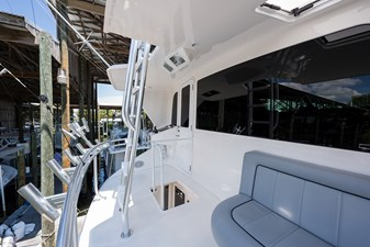 Buggy Washer_enclosed_flybridge_aft_deck_1