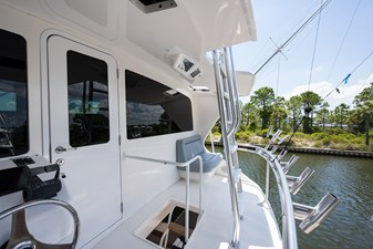Buggy Washer_enclosed_flybridge_aft_deck_4