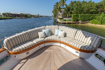 Aft Deck Fantail Seating
