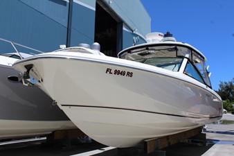 No Name 4 No Name 2018 BOSTON WHALER 320 Vantage Boats Yacht MLS #254749 4