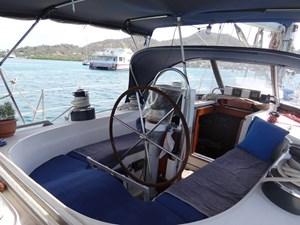 Darling Blue_Cockpit_1