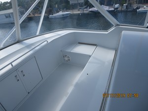 TRUE GRITS 44 2002 60' Hatteras Convertible Flybridge