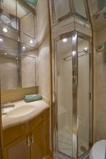 TRUE GRITS 26 2002 60' Hatteras Convertible VIP Bath