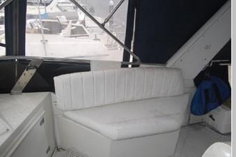 Flybridge starboard seat