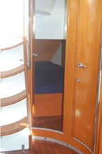Windswept 22 Mid-cabin Stateroom