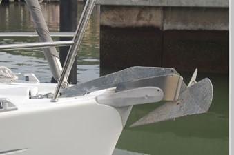 Windswept 49 Delta anchor w/ chain