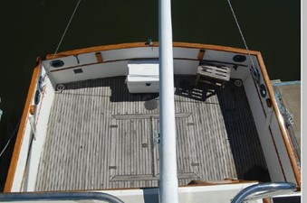Cockpit from Flybridge