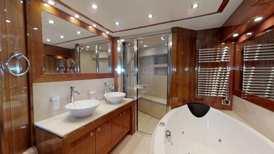White-Pearl-34M-Sunseeker-Updated-04292019_163207