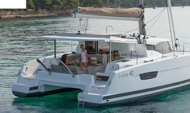 Clarity 10 2017 Fountaine Pajot 40 - For Sale in the SE USA