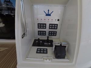FREE WIND II 9 Aft Deck Controls