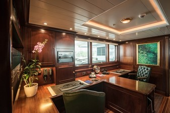 PARAFFIN 4 PARAFFIN 2001 FEADSHIP  Motor Yacht Yacht MLS #255906 4