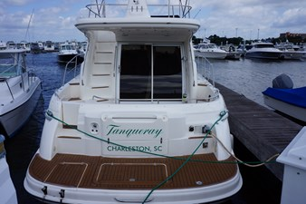 1998 Sealine F44 Flybridge Cruiser Motor Yacht stern