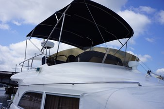 1998 Sealine F44 Flybridge Cruiser Motor Yacht flybridge