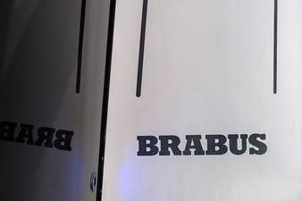 BRABUS Shadow 800 9