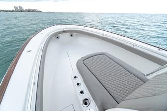 V-Series 33 7 V-Series 33 2022 VALHALLA BOATWORKS V-33  Boats Yacht MLS #256210 7