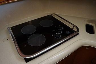 3-burner electric cooktop