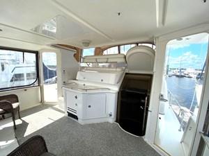 1998 Sea Ray 370 Aft Cabin sun deck
