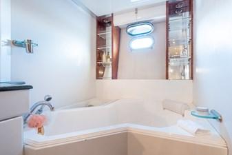 Guy Couach 2701 TIENNA - Bathtub