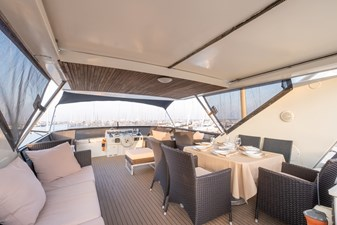 Guy Couach 2701 TIENNA - Flybridge Dining 1