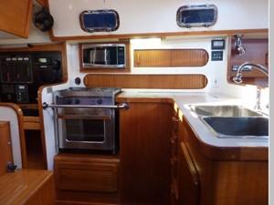 Topaz 4 Topaz 2001 CALIBER YACHT GROUP 40 LRC Cruising Sailboat Yacht MLS #256490 4