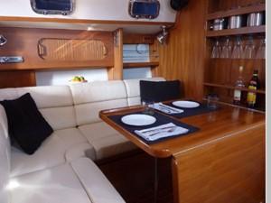 Topaz 6 Topaz 2001 CALIBER YACHT GROUP 40 LRC Cruising Sailboat Yacht MLS #256490 6