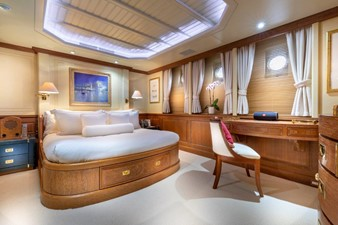 SCOUT II 8 Port Side VIP Stateroom