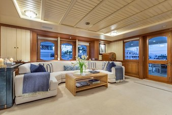 SCOUT II 2 Main Salon To Starboard